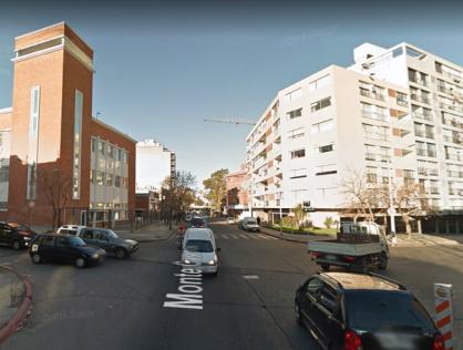 Venta Terreno por Monte Caseros, Tres Cruces, Montevideo
