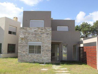 Venta Casa 3 Dormitorios en El Pinar Portal Del Este