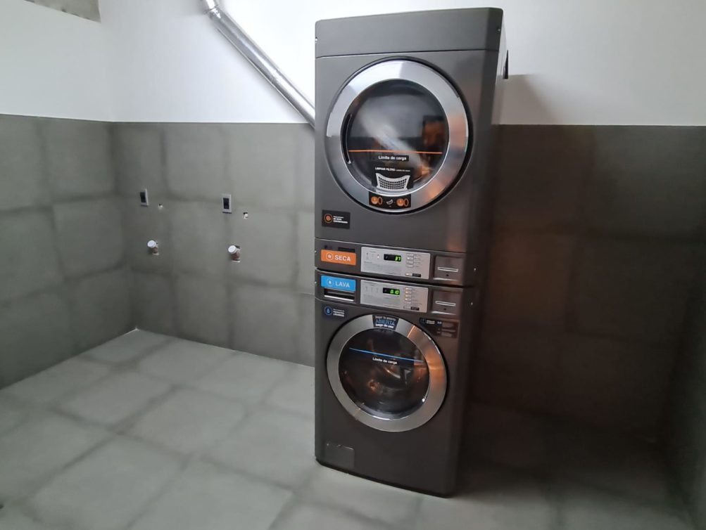 17-Laundry