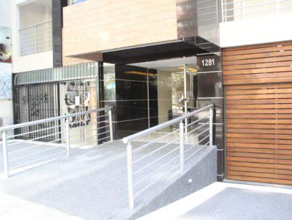 Venta local comercial Pocitos Montevideo Marina 26 III