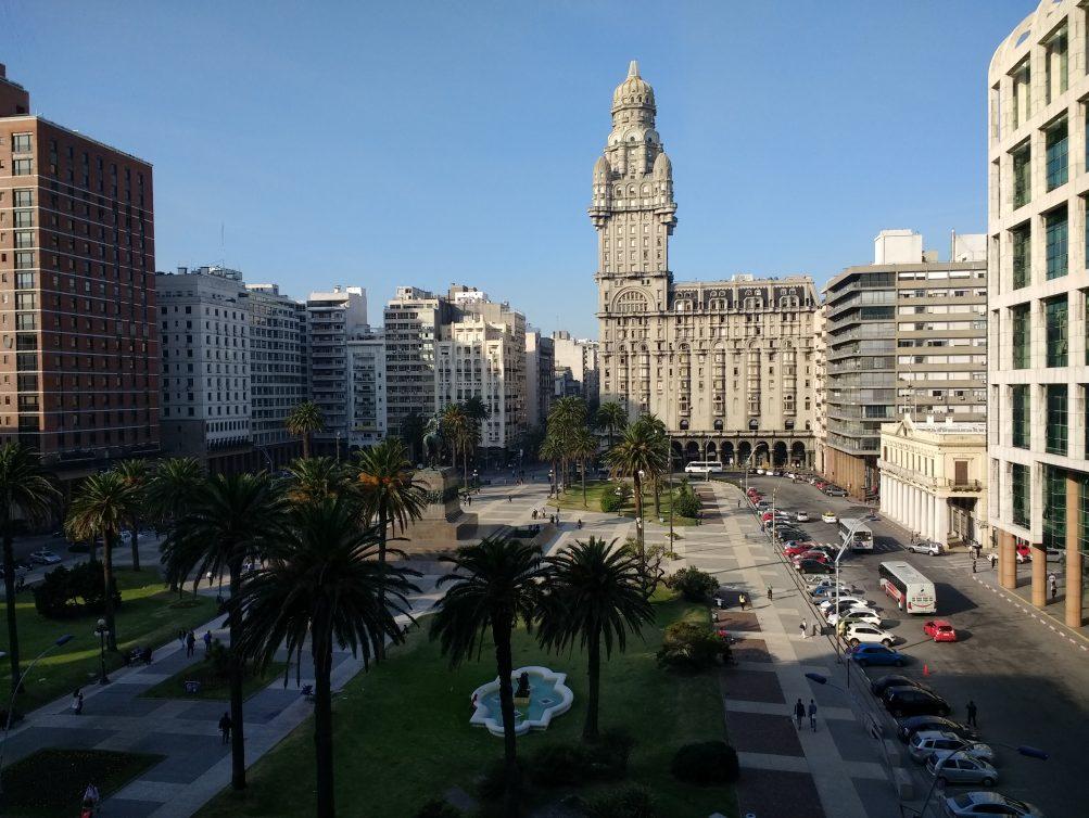 Plaza_Independencia,_Montevideo