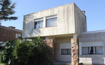Venta Casa Carrasco 4 Dormitorios Av. Harwood Montevideo
