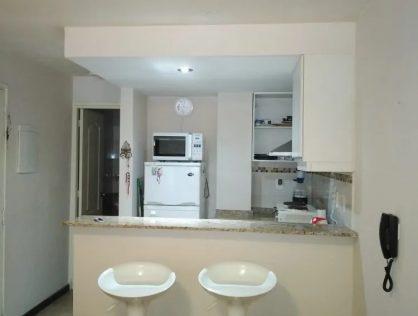 Alquiler Monoambiente y Garaje Parque Batlle Anador $17.900