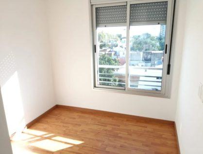 Alquiler Apartamento 2 Dormitorios La Comercial Montevideo $25.000