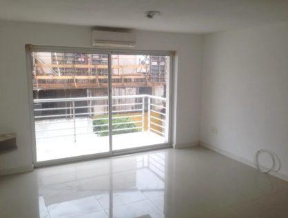 Alquiler Monoambiente Con Terraza Grau Puerto Del Buceo $14.500
